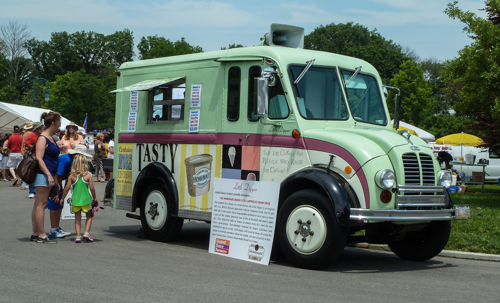 """DIVCO """"The King of Food Truck"""" – DreamRider Garage"""